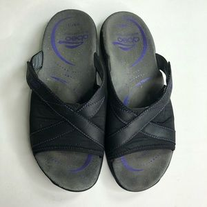 Abeo Sandals slides women size 7.5 beautiful black